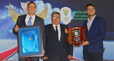 The Airplane Factory achieves the PGHS Trophy for excellence in manufacturing at the aero club awards for sling aircraft